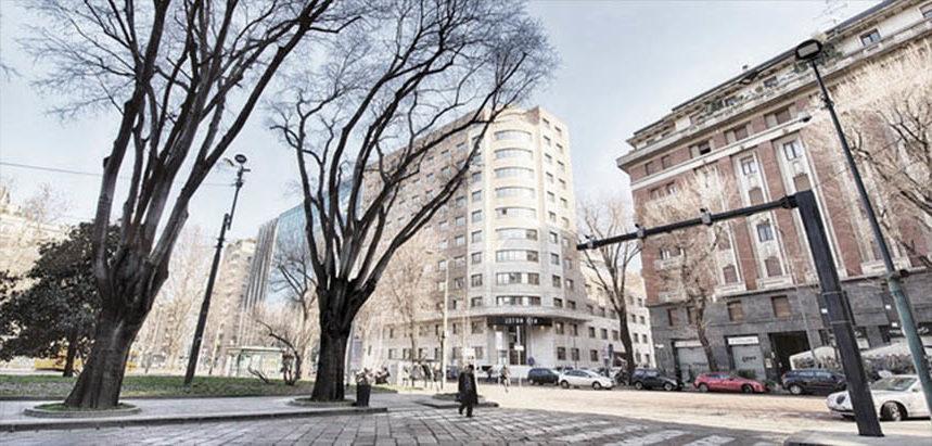 Hotel in piazza iv novembre architetto corrado serafini for Arredare milano piazza iv novembre